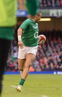 02 February, 2013: Simon Zebo controls the ball with this foot in the build up to Cian Healy's try. Photo: Sportsfile