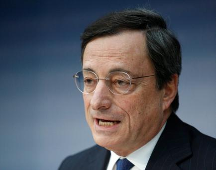 European Central Bank President Draghi attends a news conference in Frankfurt...European Central Bank (ECB) President Mario Draghi attends the monthly ECB news conference in Frankfurt December 6, 2012. REUTERS/Lisi Niesner (GERMANY - Tags: BUSINESS)...I
