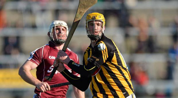 Kilkenny's Colin Fennelly gets away from his marker, Galway Niall Donoghue, during yesterday's Allianz league match at Pearse Stadium, Galway