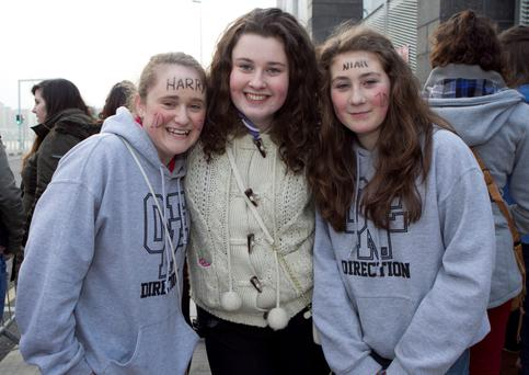 Erinn Whitty(14) with Emma Sharpe(14) and Hannah Daley (12)outside the O2