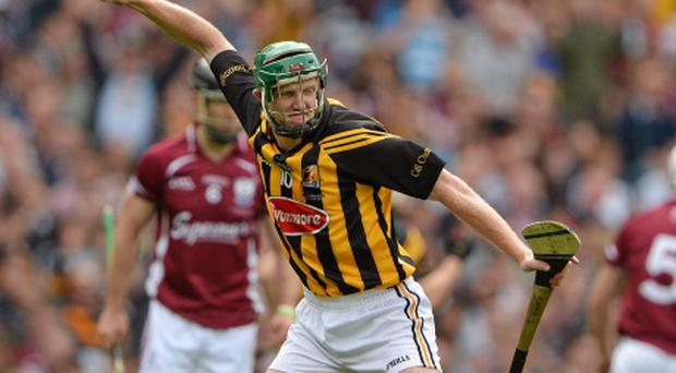Henry Shefflin of Kilkenny celebrates scoring an equalising point in the drawn final against Galway