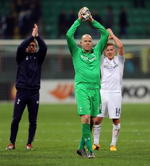 Tottenham Hotspur's Brad Friedel applauds the fans after the game