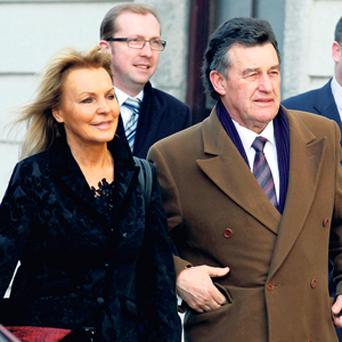Jackie Lavin and Bill Cullen (right) Brian Purcell leave court.
