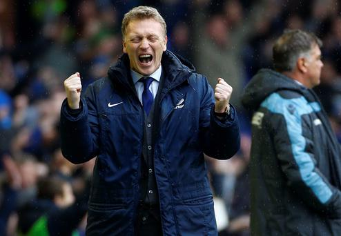 Everton's manager David Moyes celebrates his team's second goal