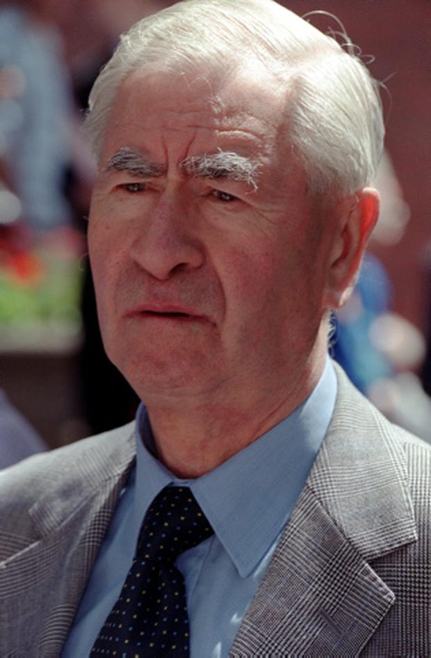 Comedian and actor Bill Pertwee, who played Warden Hodges in Dad's Army, has died, his agent said today