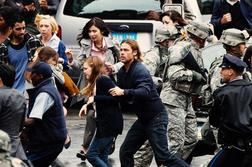 Brad and his family face a zombie attack in World War Z