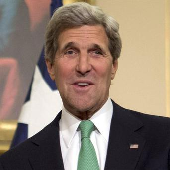 John Kerry, the US secretary of state, postponed a visit to Israel and the Palestinian territories to hold intensive talks with US President Barack Obama