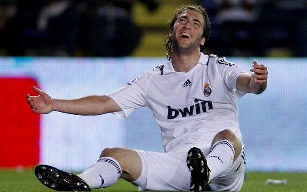 Gonzalo Higuaín is set to be unveiled as an Arsenal player