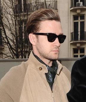 ©BAUER-GRIFFIN.COM 26th February 2013. Justin Timberlake pictured arriving at a Paris hotel this afternoon for interviews. www.bauergriffin.com www.bauergriffinonline.com Ref: KGC-102