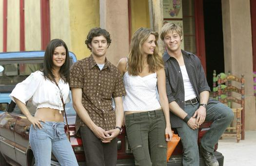 Actress Rachel Bilson says that she would be up for a reunion of The OC (l to r Rachel Bilson, Adam Brody, Mischa Barton and Benjamin McKenzie)