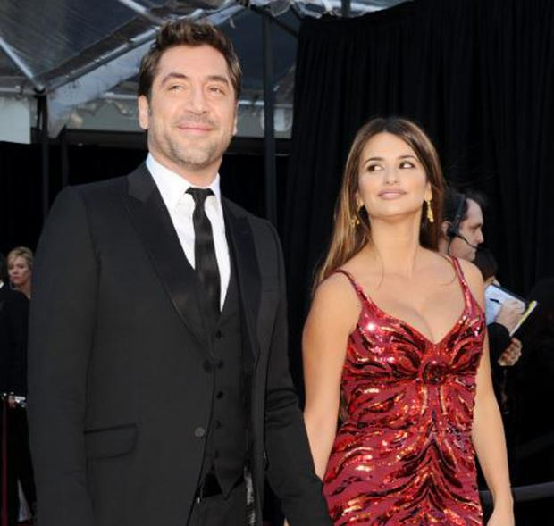 The couple have reportedly named their daughter Luna Encinas Cruz.
