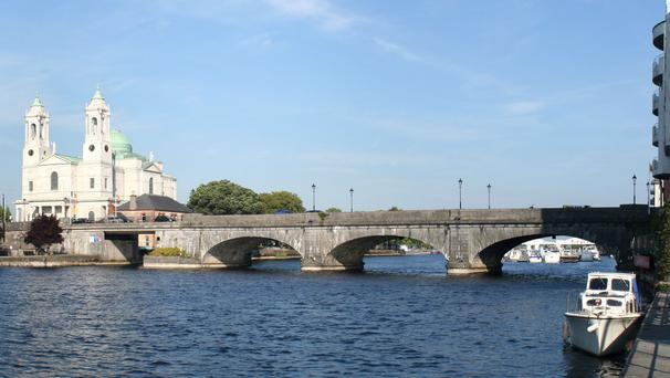 Town Bridge, Athlone (Picture: Ingo Mehling)