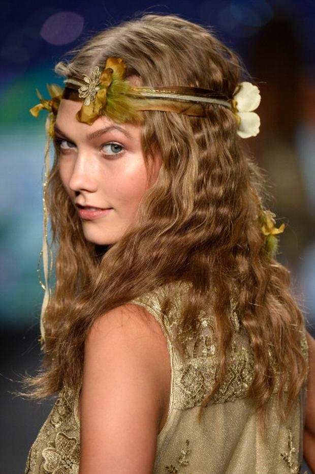 Model Karlie Kloss walks the runway at the Anna Sui fashion show