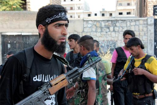 Free Syrian Army fighters gather before heading to fight in Aleppo's district of Salaheddine