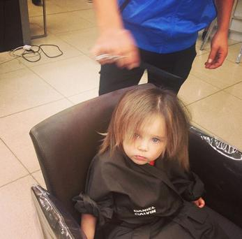 Una's daughter Aoife Belle gets her hair cut for the first time. (Photo: Instagram/Una Healy)