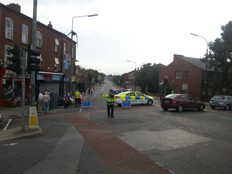 The scene at Harold's Cross in Dublin, where army bomb experts are inspecting a suspicious device