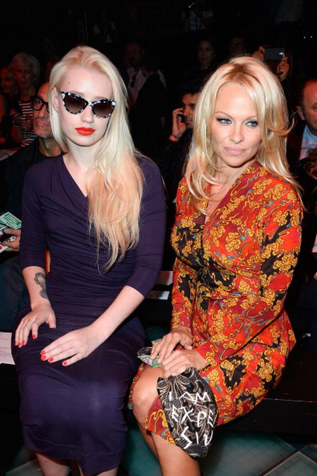 182110221-iggy-azalea-and-pamela-anderson-attend-the-gettyimages.jpg