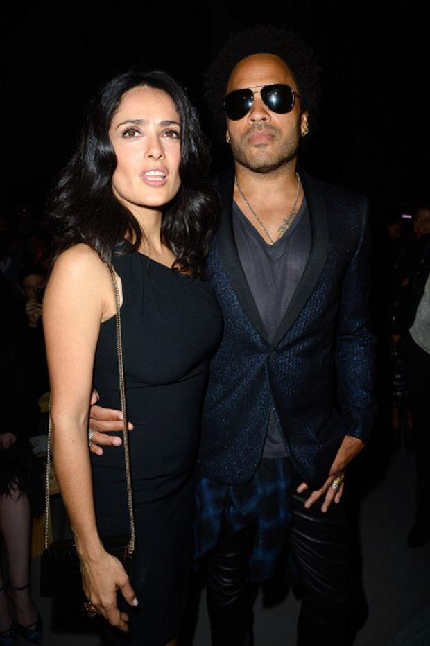 182549814-salma-hayek-and-lenny-kravitz-attend-the-gettyimages.jpg