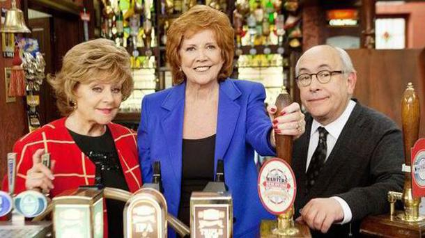 Corrie's Rita Sullivan and Norris Cole are the two Weatherfield locals in the cobbled street's haunt when Cilla paid a visit last night, but neither of them realised who she was. (Photo: ITV)