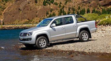 Amarok brings a touch of class to the pick-up with sublime automatic