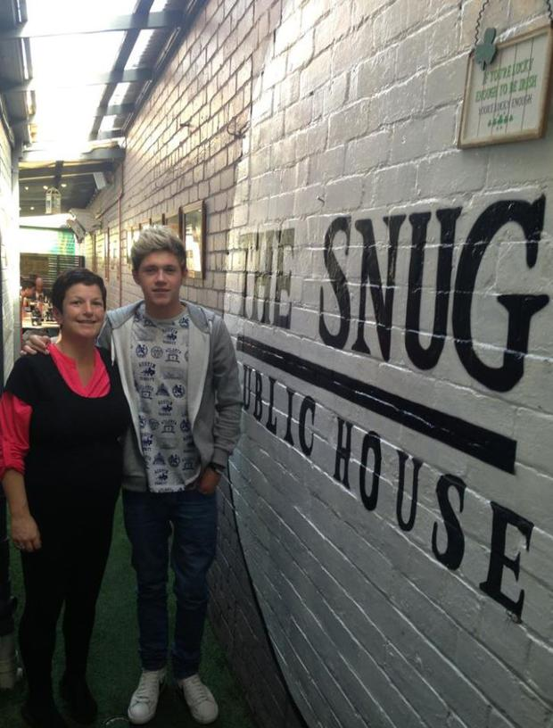 The One Direction star dropped into The Snug bar in Melbourne. (Facebook/TheSnug)