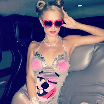 Socialite and heiress Paris channelled Miley Cyrus for Halloween. (Twitter/ParisHilton)