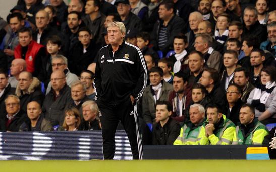 Hull City manager Steve Bruce during the Barclays Premier League match at White Hart Lane