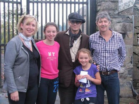 Una Weir, Eleana (11), Donna (9) and Pat Weir with Johnny Depp in Multyfarnham. CREDIT: Sandra Bracken