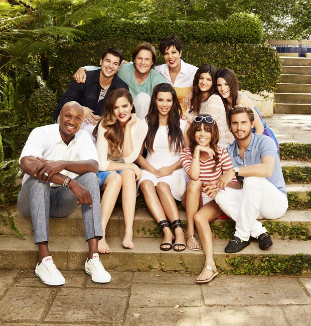 KEEPING UP WITH THE KARDASHIANS -- Season: 8 -- Pictured (l-r) Rob Kardashian, Bruce Jenner, Kris Jenner, Kylie Jenner, Kendall Jenner, Lamar Odom, Khloe Kardashian Odom, Kim Kardashian, Kourtney Kardashian, Scott Disick -- (Photo by: Brian Bowen Smith/E!)
