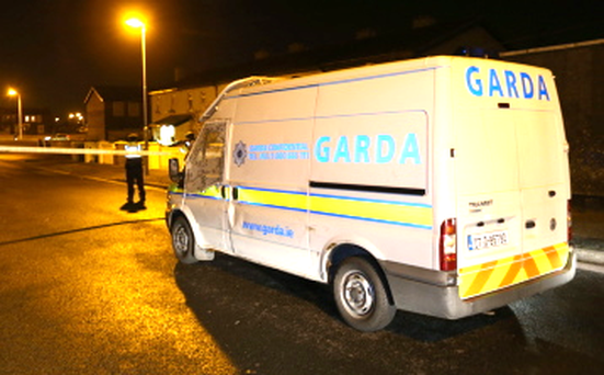 Gardai at the scene of a shooting at Ferrycarrig Park in Coolock. Picture credit; Damien Eagers