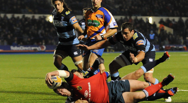 Damien Varley, Munster goes over to score his side's second try