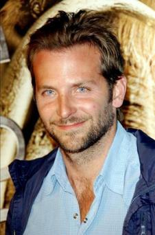 Bradley Cooper didn't wear underwear while meeting President Barack Obama.