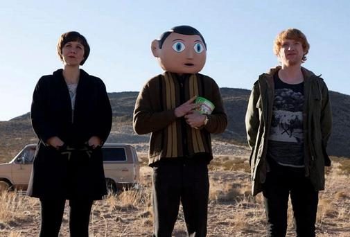 Maggie Gyllenhaal, Michael Fassbender (centre) and Domhnall Gleeson on the set of Frank.