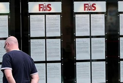 2014 could see unemployment dip below 10 per cent
