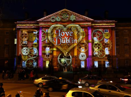 As Dublin gets set to countdown to 2014, Trinity College Dublin was today illuminated with magical 3D projections to celebrate the beginning of the Three NYE Dublin festival celebrations