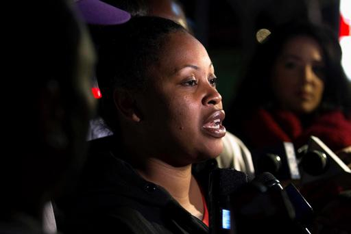 Nailah Winkfield, mother of Jahi McMath, speaks to the media outside Children's Hospital and Research Center in Oakland, California.