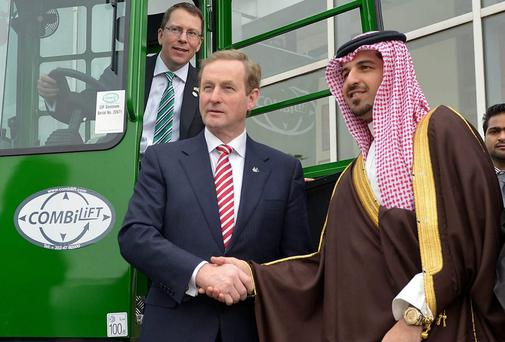 Taoiseach Enda Kenny meets Ahmed Fawzi, manager of the Yusuf Bin Ahmed Kanoo company in Riyadh, which is distribution partner of Co Monaghan company Combilift throughout the Gulf region.