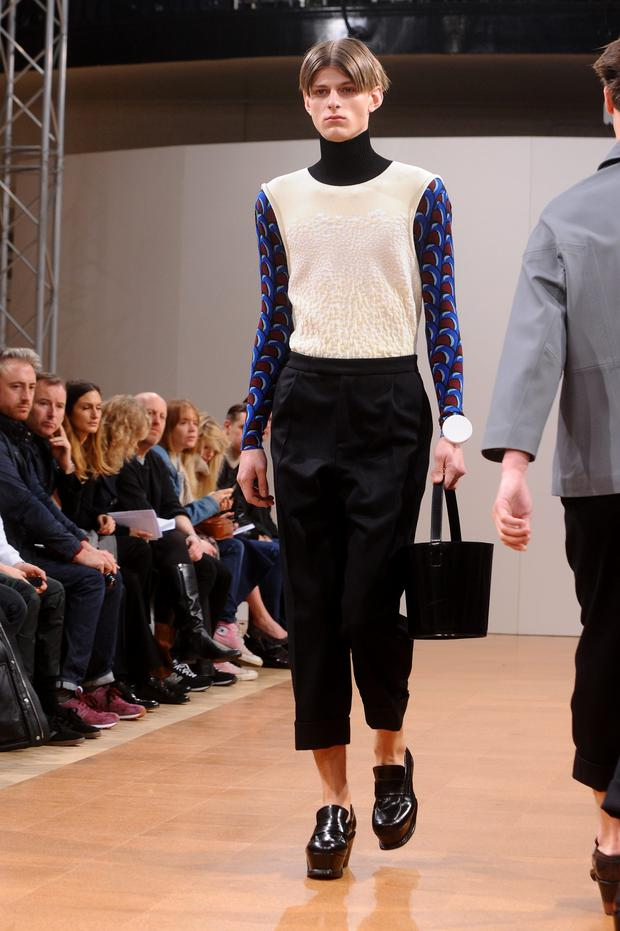 A model walks the runway at the J.W.Anderson show during The London Collections: Men Autumn/Winter 2014 on January 7, 2014 in London, England. (Photo by Anthony Harvey/Getty Images)