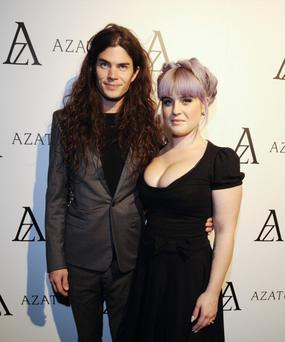 WEST HOLLYWOOD, CA - OCTOBER 08: Matthew Mosshart and Kelly Osbourne attend the Black Diamond Affair Presented by Azature at Sunset Tower on October 8, 2013 in West Hollywood, California. (Photo by Amy Graves/WireImage)