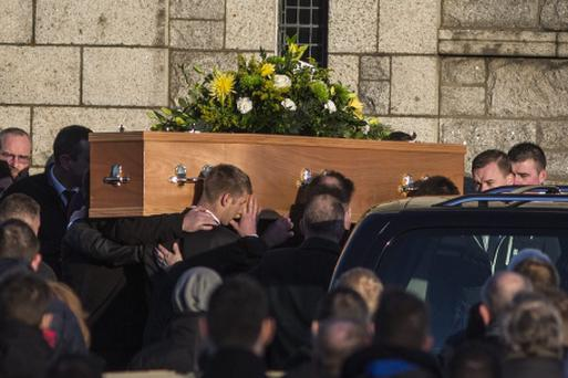 The remains of stab victim David Spain being brought into St Anne's church, Shankill for his funeral mass this morning. Pic:Mark Condren