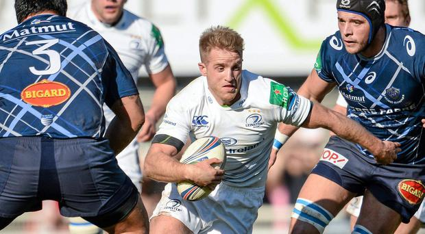 Luke Fitzgerald attempts to cut through the Castres defence