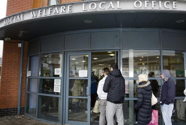 Unemployed face sign-on changes in bid to beat welfare fraud