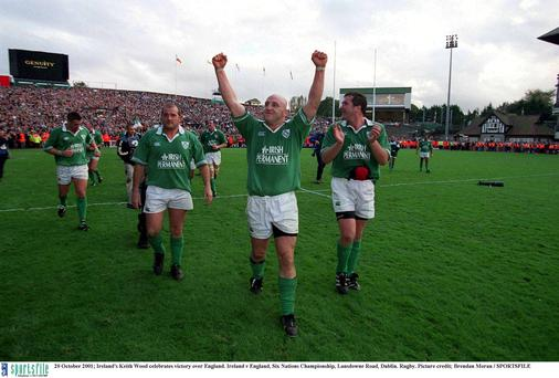 20 October 2001; Ireland's Keith Wood celebrates victory over England. Ireland v England, Six Nations Championship, Lansdowne Road, Dublin. Rugby. Picture credit; Brendan Moran / SPORTSFILE