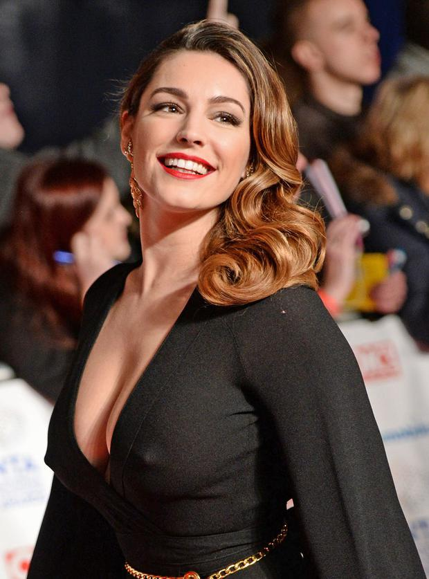 Kelly-Brook-3051712.jpg