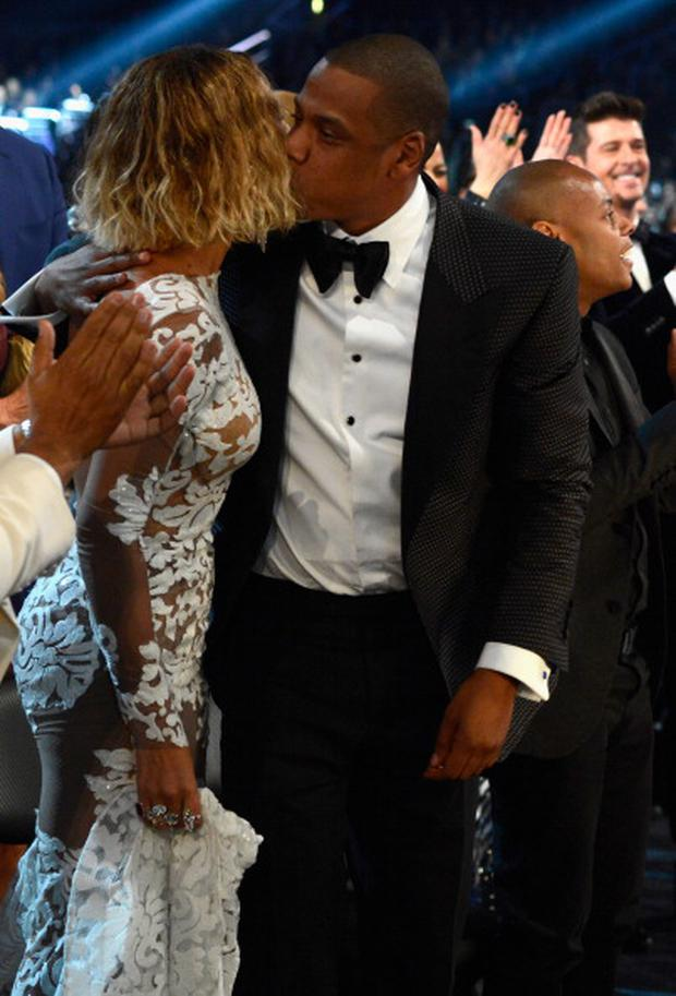 465349293-singer-beyonce-and-rapper-jay-z-during-the-gettyimages.jpg