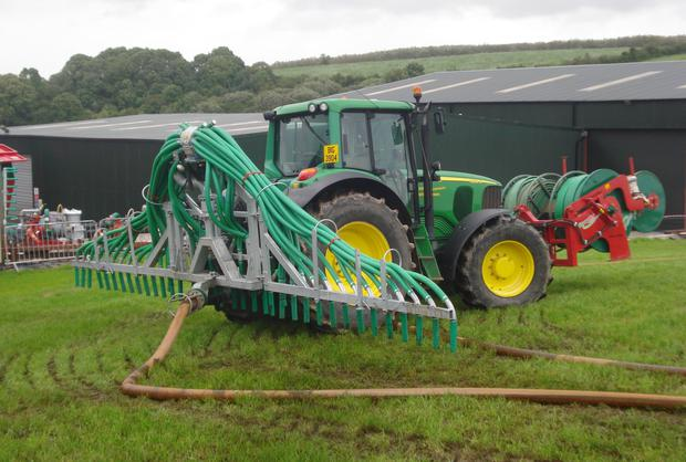 SUITABILITY: Much higher work rates are achievable with umbilical slurry spreading systems but thereare limitations, chiefly that the layout of the farm must be suitable.