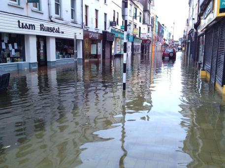 Cork City has experienced sever flooding overnight (Photo: Jonathan Healy/ Twitter)