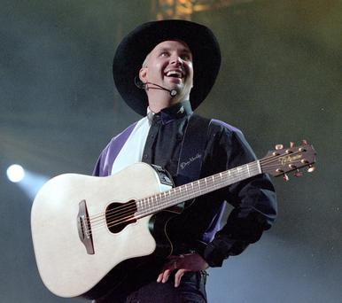 Garth Brooks in Croke Park in 1997
