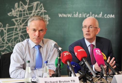 Minister for Jobs Richard Bruton (left) and Barry O'Leary, chief executive of the IDA. Photo: Jason Clarke.