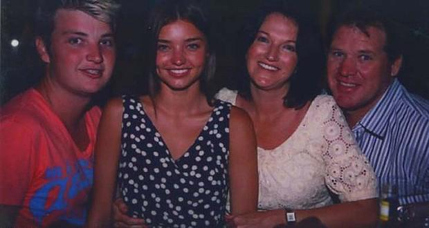 Miranda with her family (l to r) brother Matthew, mother Therese and dad John. Picture: ABC1